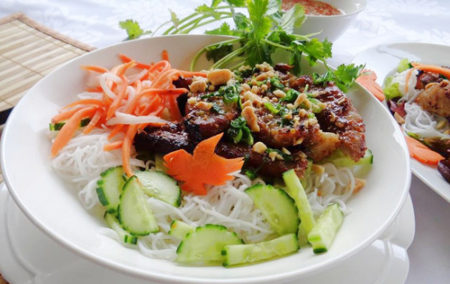 cach lam bun thit nuong 2